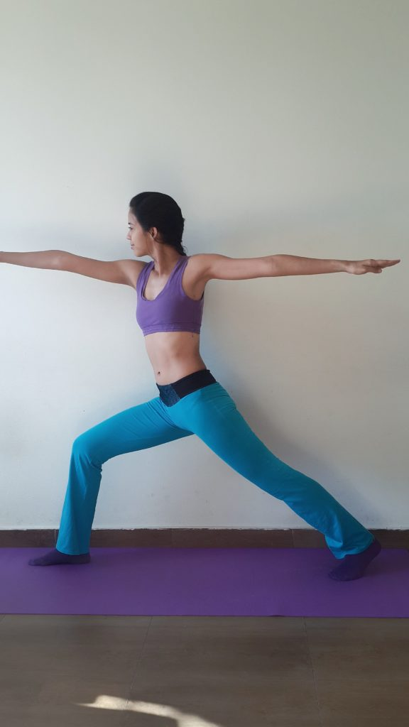 Yoga Krieger 2 Figur Training Anleitung