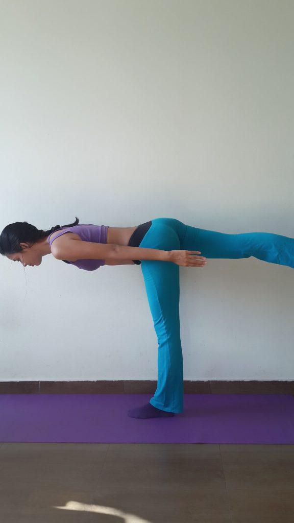 Krieger 3 Yoga Figur Stellung